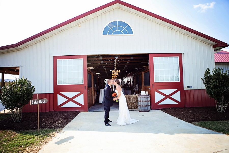 diy-rustic-north-carolina-weddings-blog-feature-11