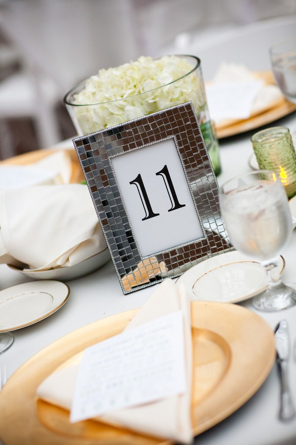 fall-hagerstown-maryland-real-weddings-blog-feature-29