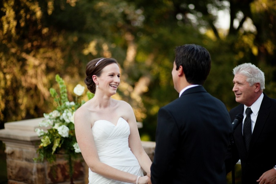 fort-worth-botanical-gardens-texas-real-weddings-trendy-bride-30