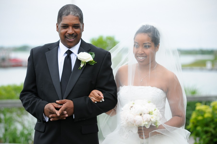 montauk-new-york-african-american-real-wedding-trendy-bride-23