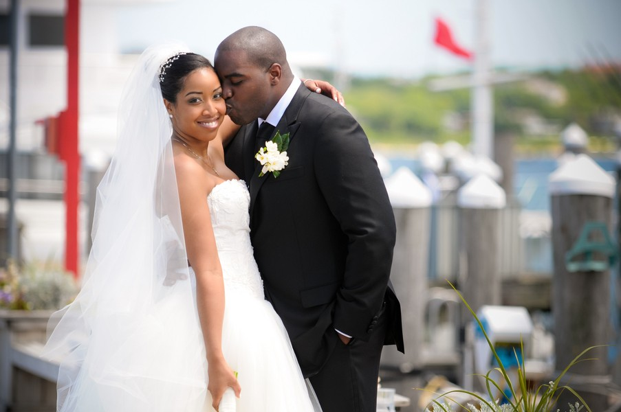 montauk-new-york-african-american-real-wedding-trendy-bride-33