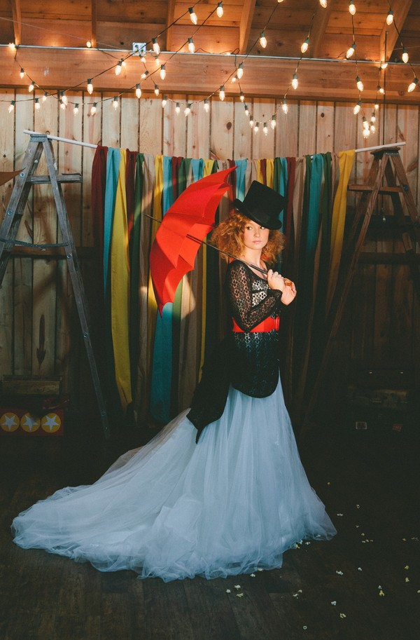 offbeat-circus-inspired-wedding-styled-shoots-tattoos-colorado--13