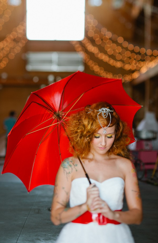 offbeat-circus-inspired-wedding-styled-shoots-tattoos-colorado--17