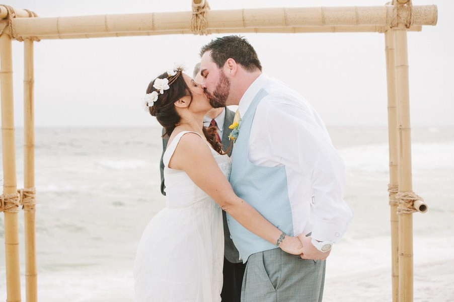pensacola-beach-florida-real-weddings-blog-feature-14