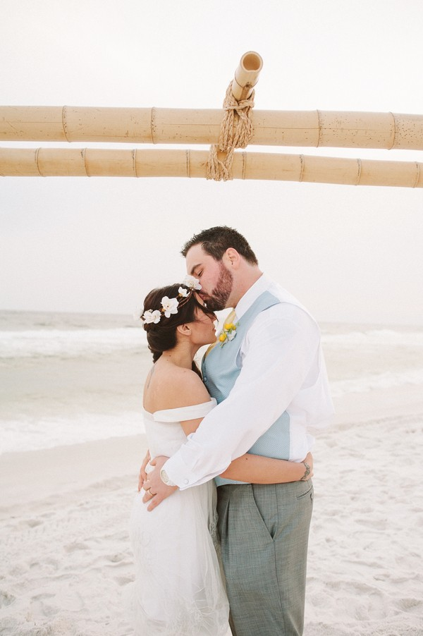 pensacola-beach-florida-real-weddings-blog-feature-15