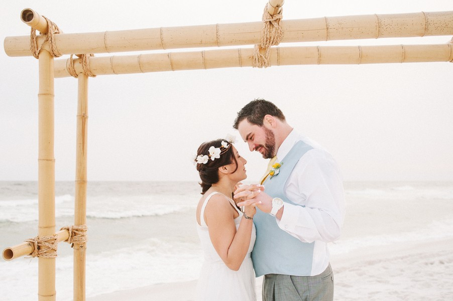 pensacola-beach-florida-real-weddings-blog-feature-16