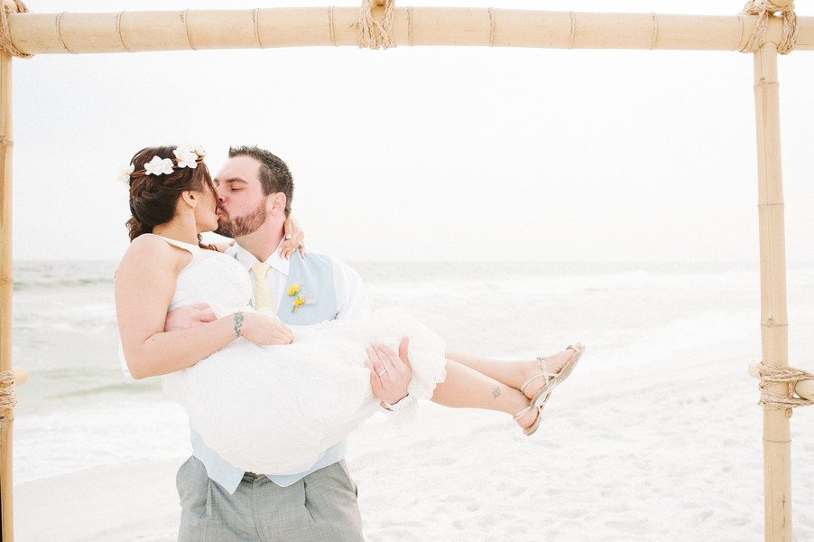 pensacola-beach-florida-real-weddings-blog-feature-17