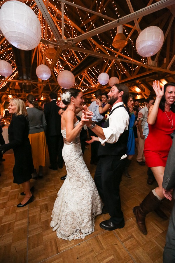 rustic-asheville-nc-weddings-by-sunday-grant-photography-15