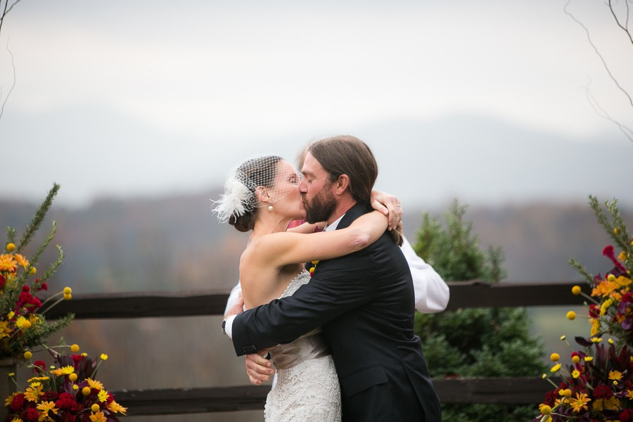 rustic-asheville-nc-weddings-by-sunday-grant-photography-6