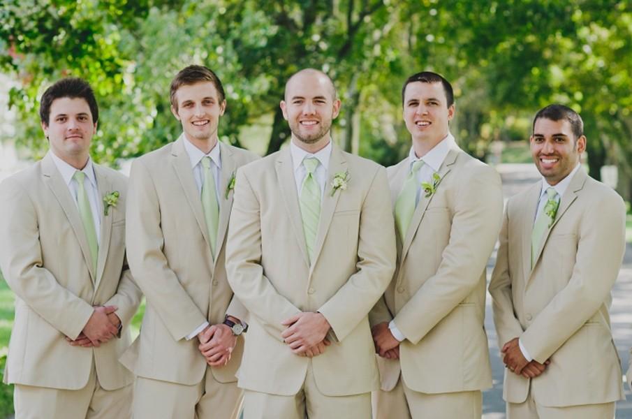 rustic-walsh-university-hoover-park-ohio-real-weddings-10