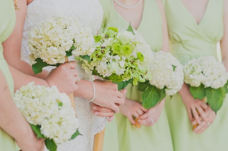 rustic-walsh-university-hoover-park-ohio-real-weddings-12