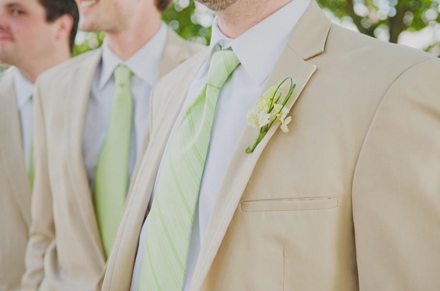 rustic-walsh-university-hoover-park-ohio-real-weddings-13