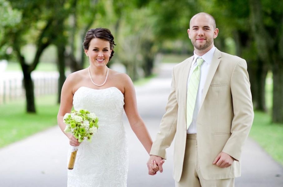 rustic-walsh-university-hoover-park-ohio-real-weddings-16