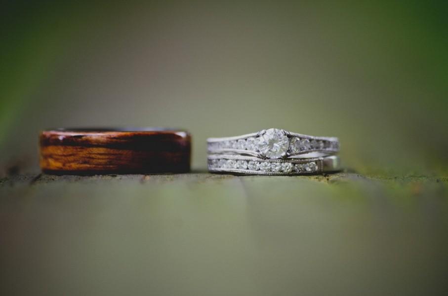 rustic-walsh-university-hoover-park-ohio-real-weddings-18
