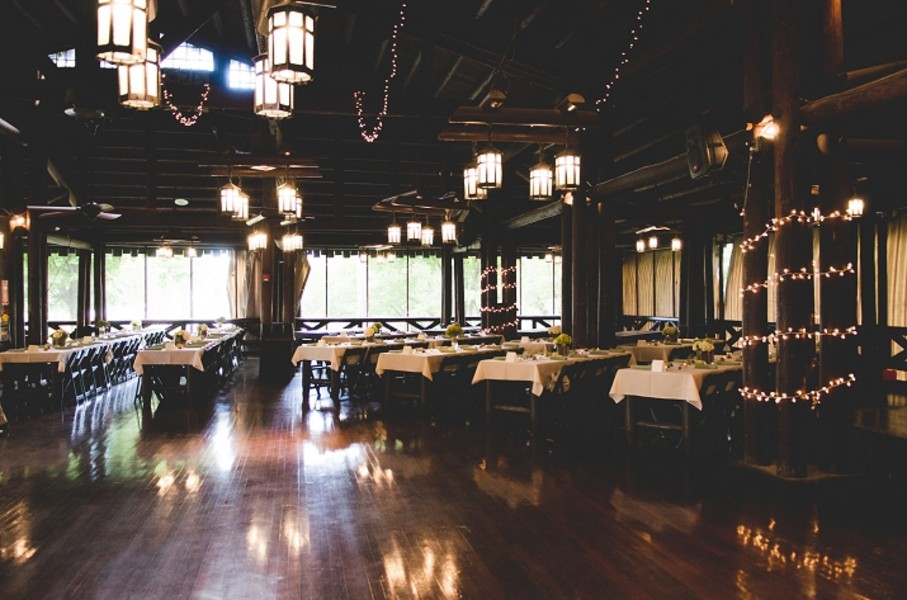 rustic-walsh-university-hoover-park-ohio-real-weddings-23