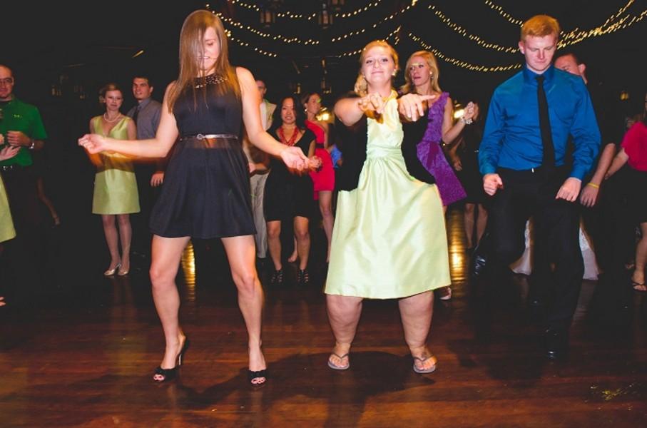 rustic-walsh-university-hoover-park-ohio-real-weddings-32