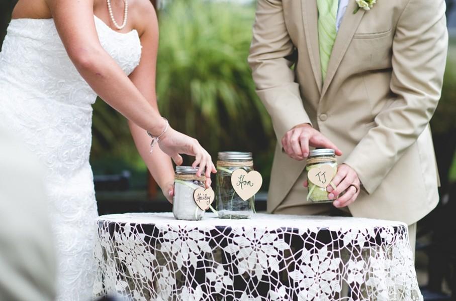 rustic-walsh-university-hoover-park-ohio-real-weddings-8