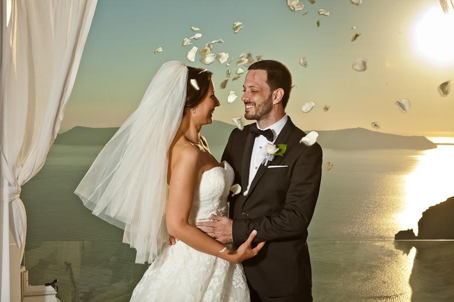 summer-fira-firostefani-cyclades-greece-weddings-10