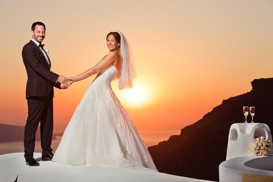 summer-fira-firostefani-cyclades-greece-weddings-14
