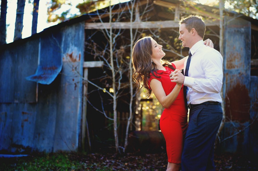 sweet-rustic-southern-louisiana-engagement-session-blog-feature-2