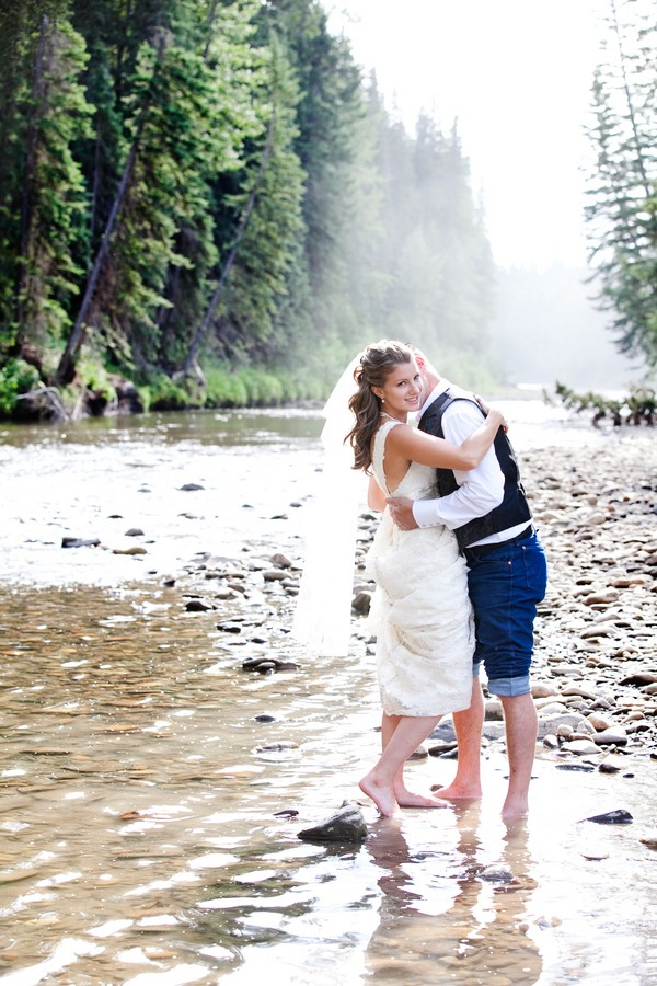 western-alberta-canada-country-rustic-real-weddings-23