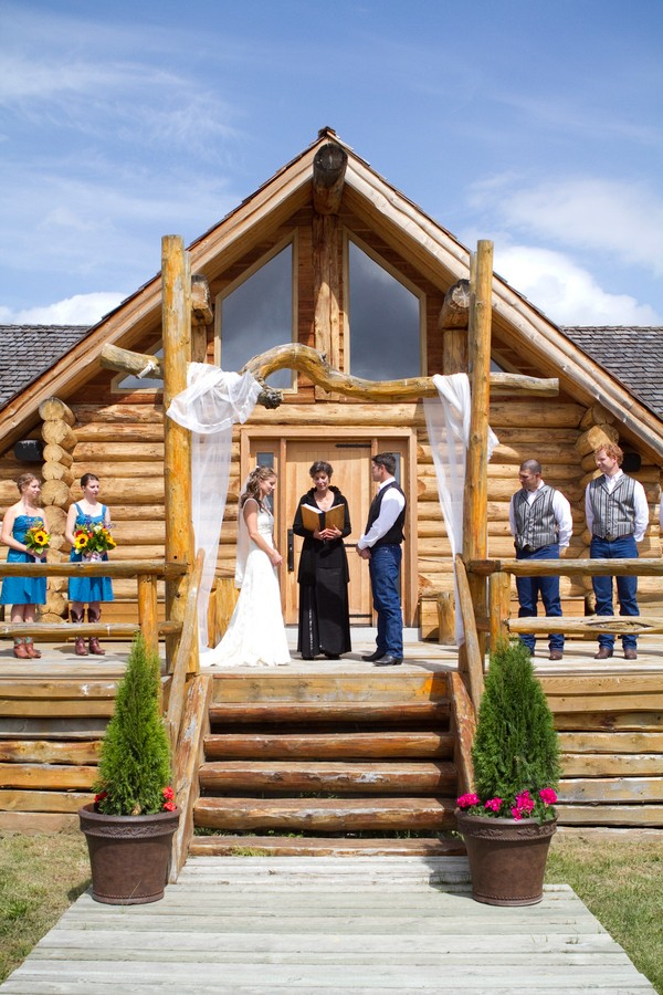 western-alberta-canada-country-rustic-real-weddings-33