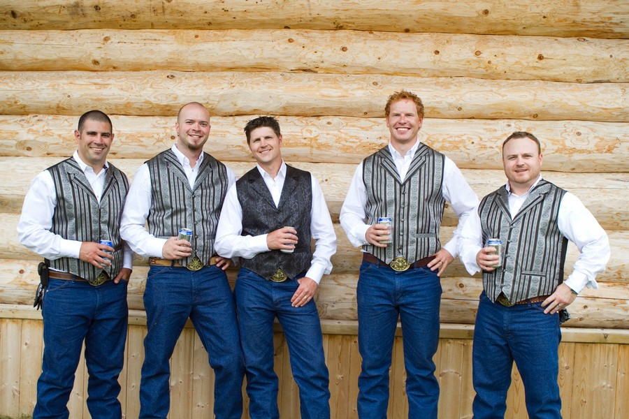 western-alberta-canada-country-rustic-real-weddings-34
