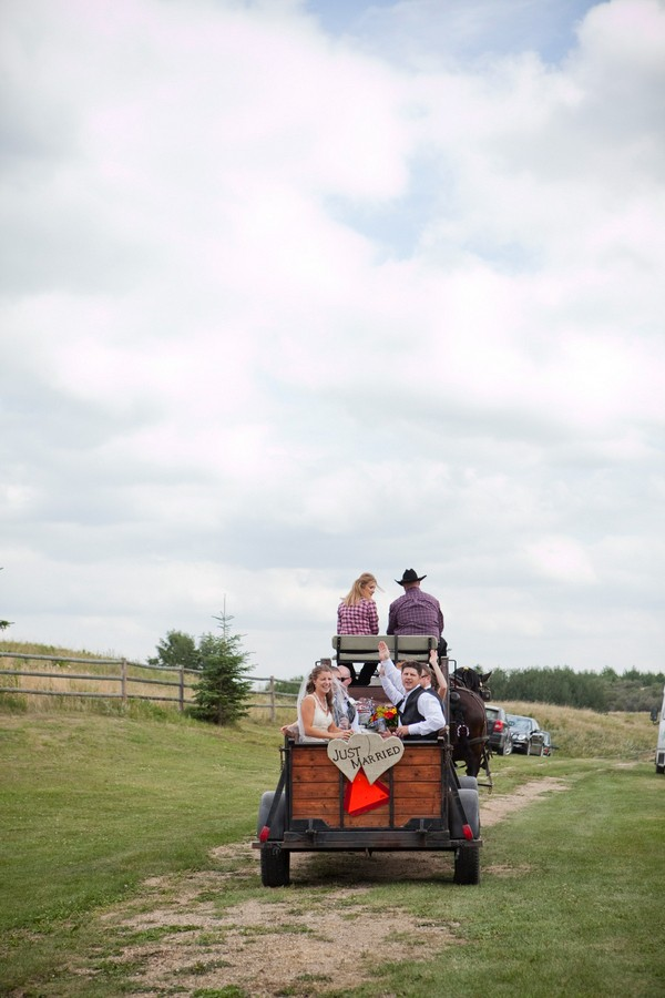 western-alberta-canada-country-rustic-real-weddings-38