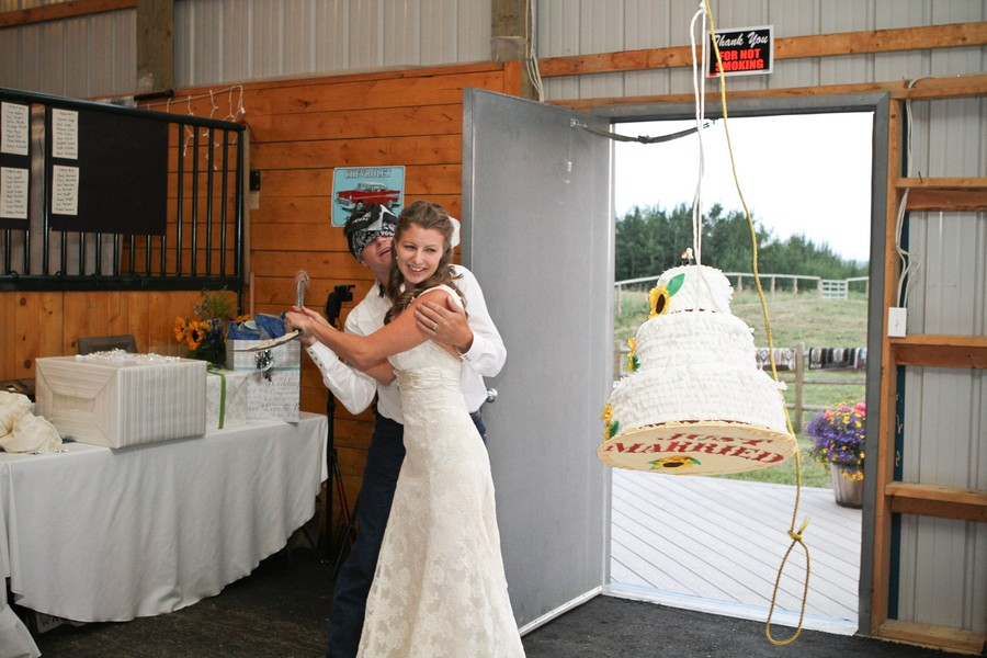 western-alberta-canada-country-rustic-real-weddings-40