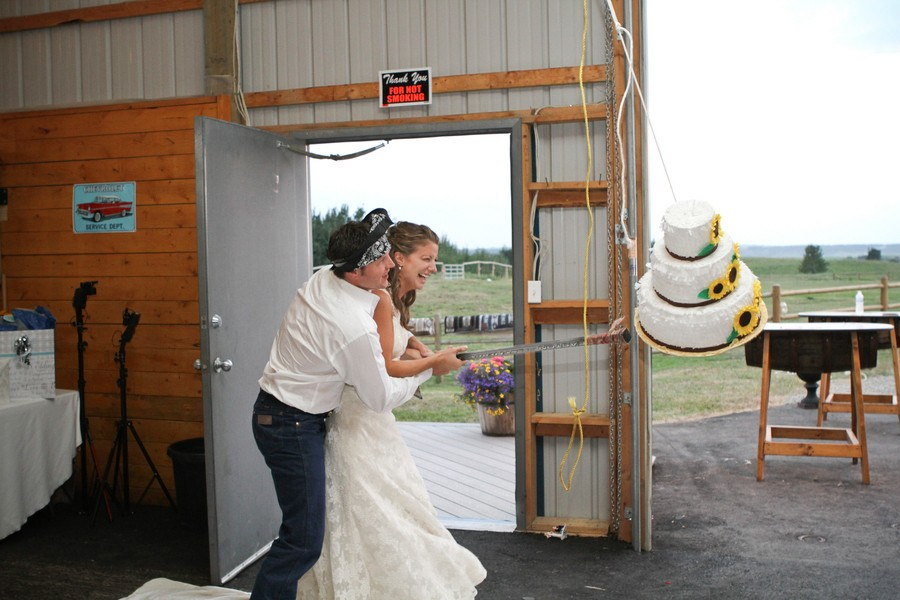 western-alberta-canada-country-rustic-real-weddings-41