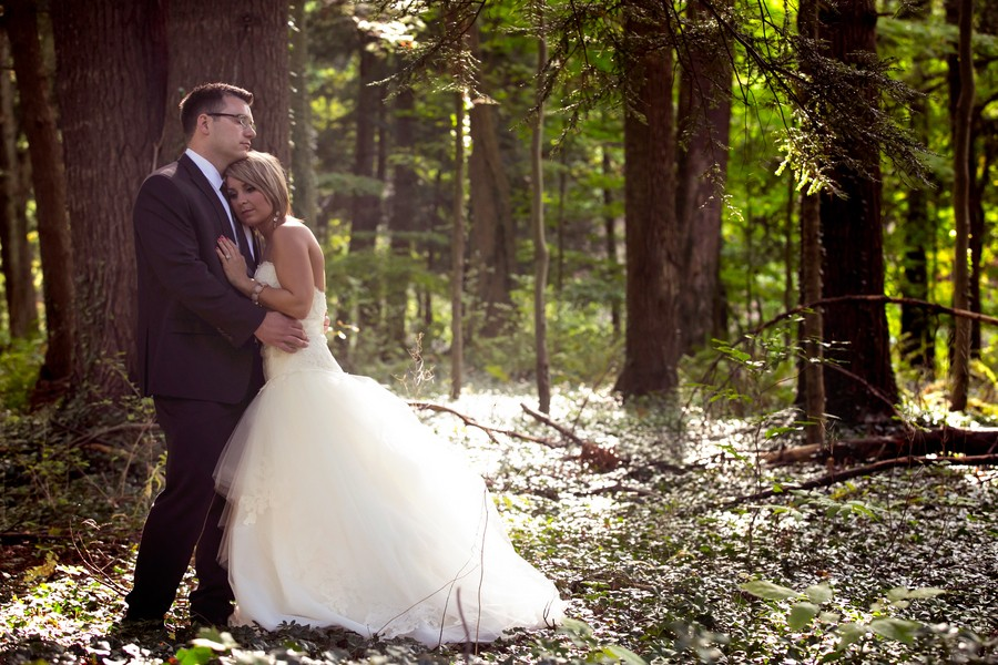 z-media-chagrin-falls-ohio-weddings-trendy-bride-blog-19
