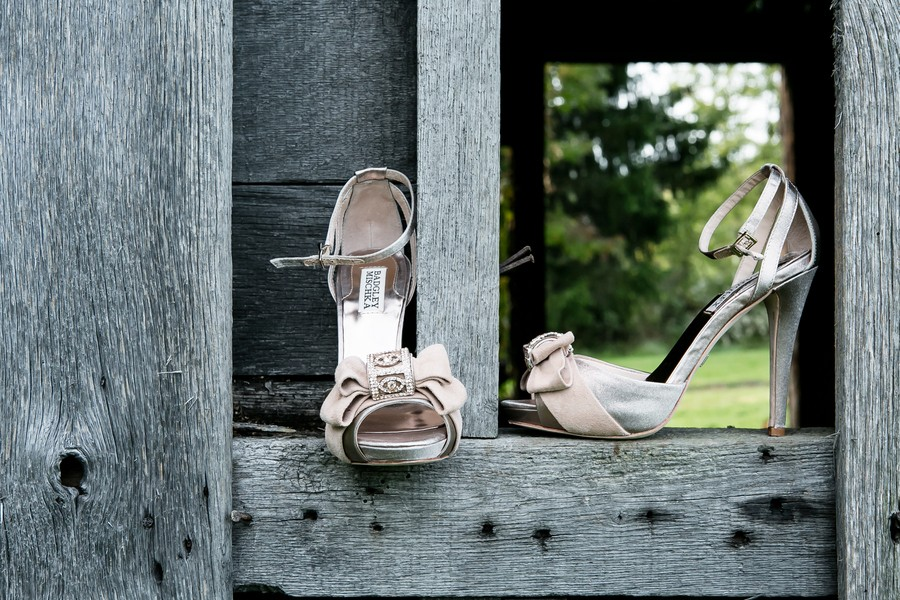 z-media-chagrin-falls-ohio-weddings-trendy-bride-blog-2