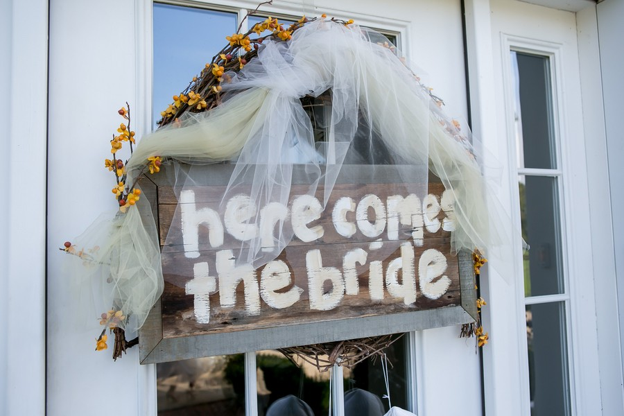 z-media-chagrin-falls-ohio-weddings-trendy-bride-blog-3