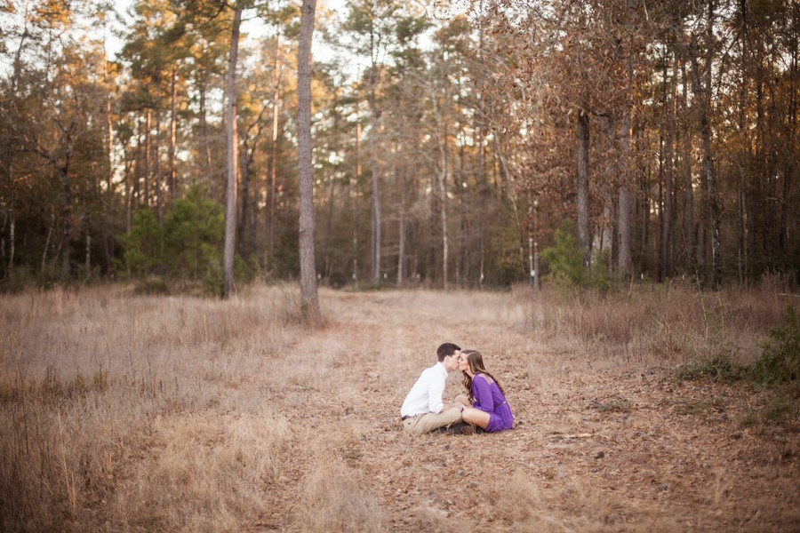 Cute-Outdoor-Texas-Engagement-Session-6