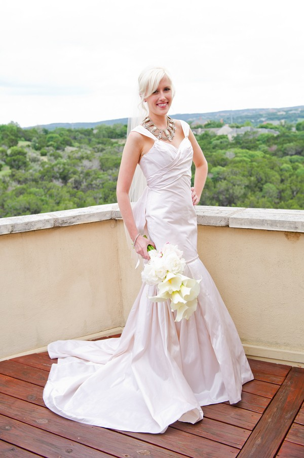 Modern-Spring-Austin-Texas-Real-Wedding-12