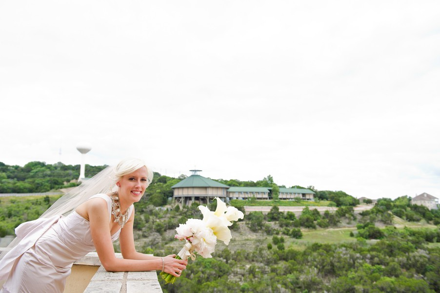 Modern-Spring-Austin-Texas-Real-Wedding-13