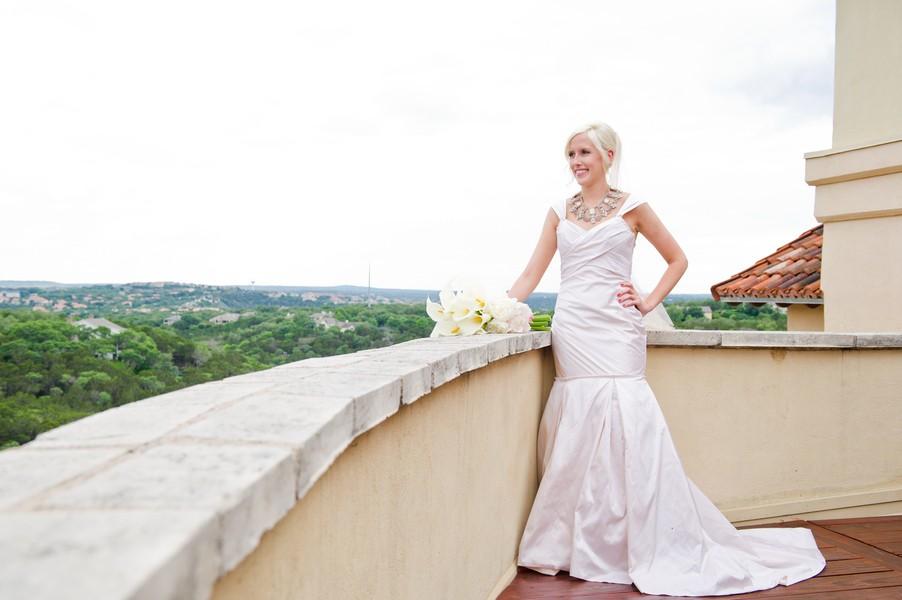 Modern-Spring-Austin-Texas-Real-Wedding-14