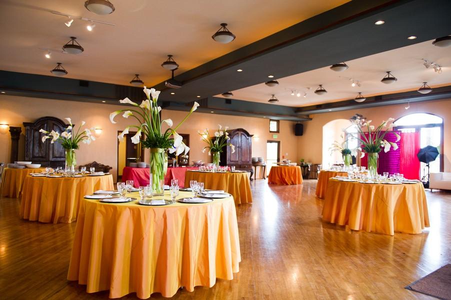 Modern-Spring-Austin-Texas-Real-Wedding-17