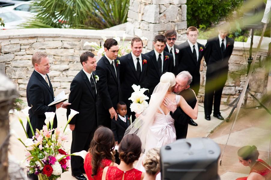 Modern-Spring-Austin-Texas-Real-Wedding-23