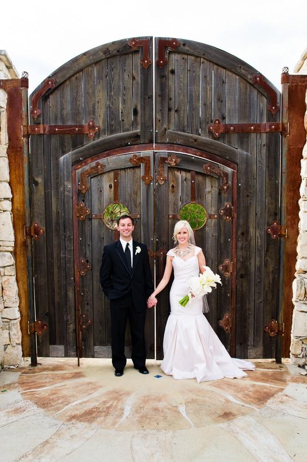 Modern-Spring-Austin-Texas-Real-Wedding-33