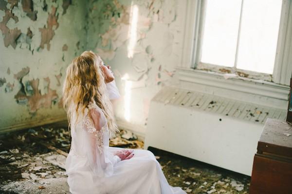 Pittsburgh-Pennsylvania-Styled-Wedding-Bridal-Shoot-trendy-bride-12