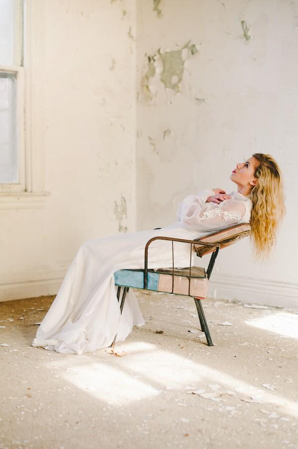 Pittsburgh-Pennsylvania-Styled-Wedding-Bridal-Shoot-trendy-bride-9