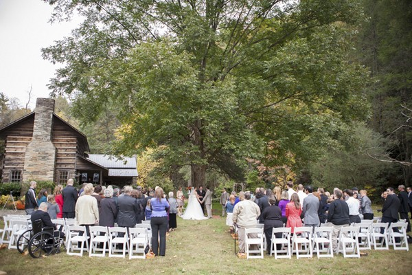 autumn-rustic-ferguson-north-carolina-real-wedding-10