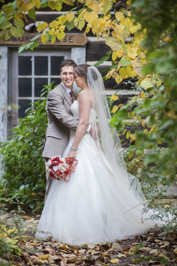 autumn-rustic-ferguson-north-carolina-real-wedding-16