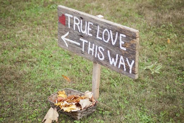 autumn-rustic-ferguson-north-carolina-real-wedding-4