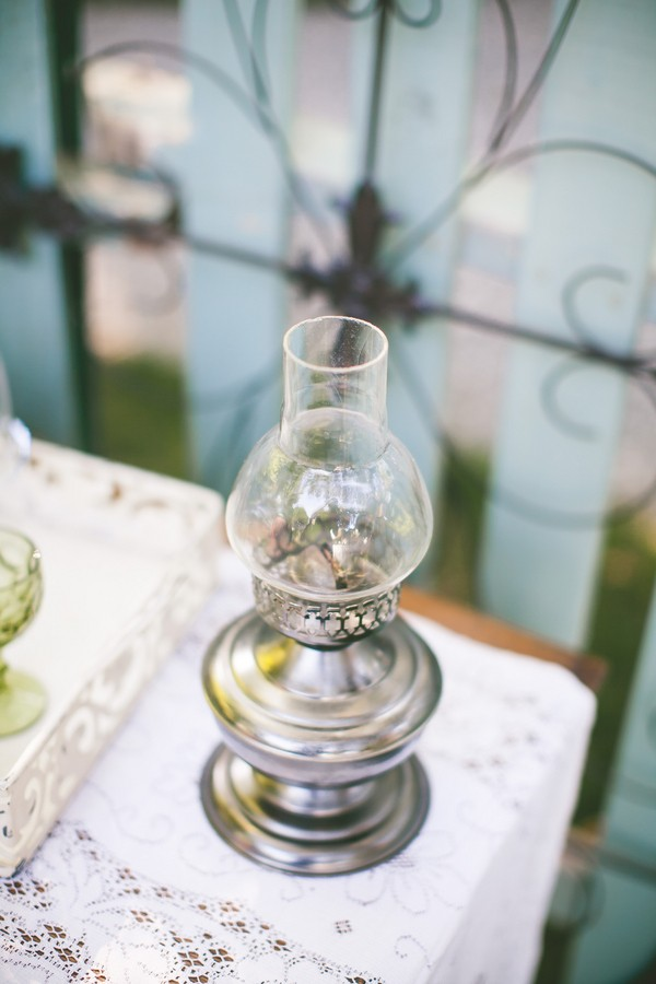 diy-vintage-chic-redding-california-real-wedding--15