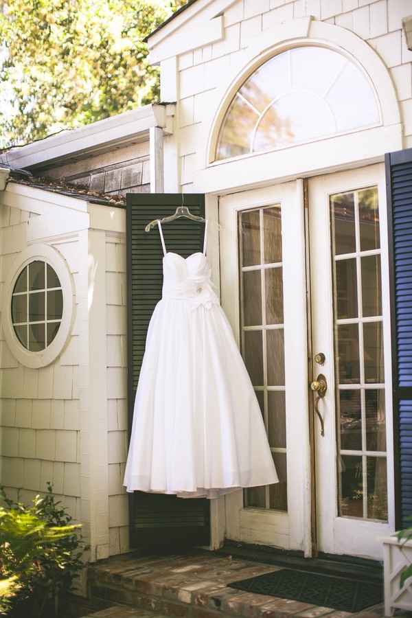 diy-vintage-chic-redding-california-real-wedding--3
