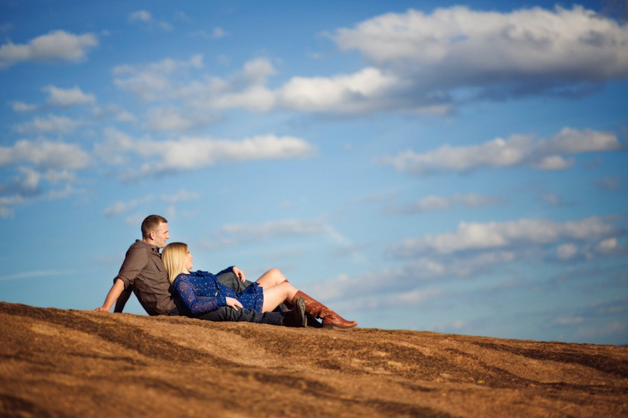 enchanted-rock-frederickburg-texas-engagement-sessions-2