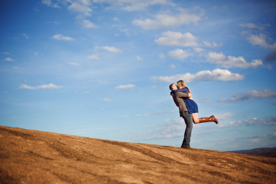 enchanted-rock-frederickburg-texas-engagement-sessions-3