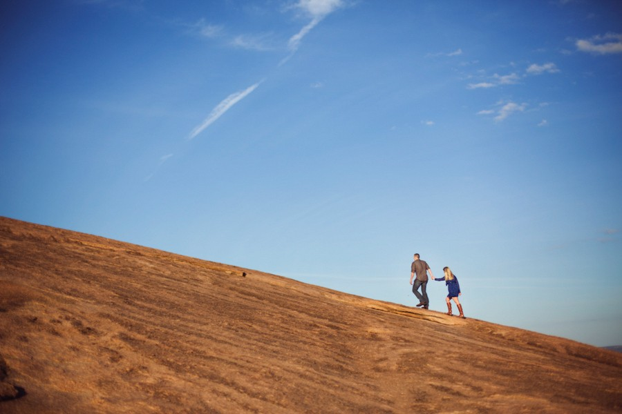 enchanted-rock-frederickburg-texas-engagement-sessions-5